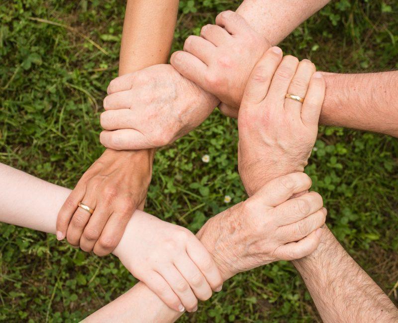 La importancia de tener una comunidad de apoyo en salud mental    PerspectivaMente